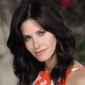 Jules Cobb played by Courteney Cox