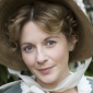 Mary Smithplayed by Lisa Dillon