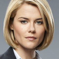 FBI Special Agent Susie Dunnplayed by Rachael Taylor
