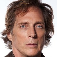 Carl Hickman played by William Fichtner