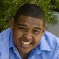 Walter Simmons played by Omar Benson Miller