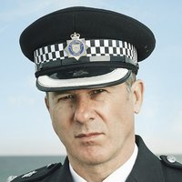 Chief Supt. Robert Vickers played by Peter Sullivan (iii)