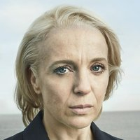 DS Jo Moffat played by Amanda Abbington
