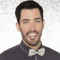 Drew Scott played by