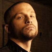 Dean Bendis played by Logan Marshall-Green Image