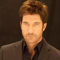 Lt. Carter Shaw played by Dylan McDermott Image