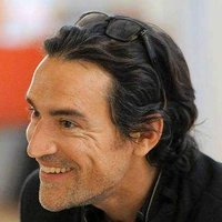 Stephen played by Ben Chaplin