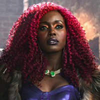 Koriand'r, Starfire played by Anna Diop