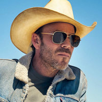 Sheriff Bill Hollister played by Stephen Dorff