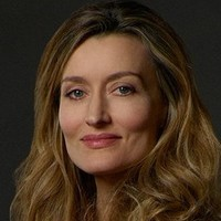 Alex Kirkman played by Natascha McElhone