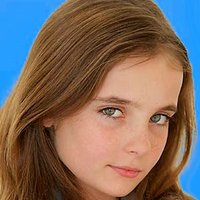 Astor Bennett played by Christina Robinson