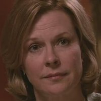 Gail Brandon played by JoBeth Williams