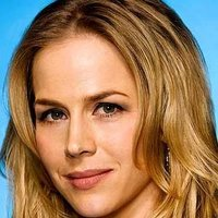 Rita Bennett played by Julie Benz