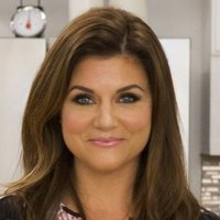 Tiffani Thiessen - Host Dinner at Tiffani's