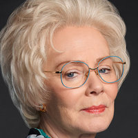 Arlane Hart played by Jean Smart