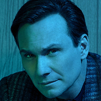 Dan Broderick played by Christian Slater