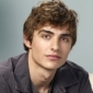 Gus played by Dave Franco