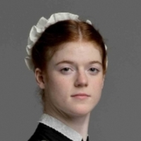 Gwen Dawson played by Rose Leslie