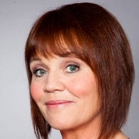 Brenda Walker played by Lesley Dunlop
