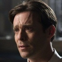 Dr. Grant played by james_callis