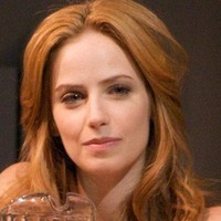 Tess Fontana played by Jaime Ray Newman