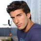 Reid Bardemplayed by Justin Baldoni