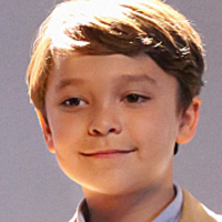 Ethan Woods played by Pierce Gagnon