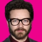 Skeeterplayed by Danny Masterson