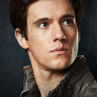 Hal Mason played by Drew Roy Image