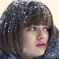 Greta Grimly played by Joey King