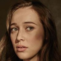 Alicia Clark played by Alycia Debnam-Carey