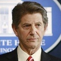 President Dave Segovia played by Peter Coyote