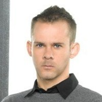 Simon played by Dominic Monaghan