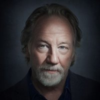 Henry Roswell  played by Timothy Busfield