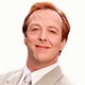 Gil Chesterton played by Edward Hibbert