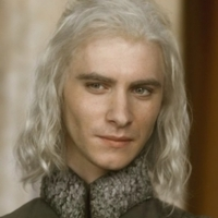 Viserys Targaryen played by Harry Lloyd