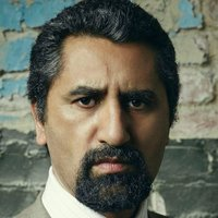 Javier Acosta played by Cliff Curtis