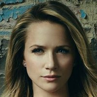 Jessica Shaw played by Shantel VanSanten