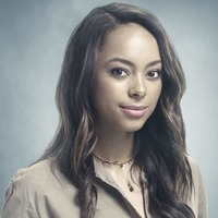 Annieplayed by Amber Stevens West