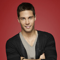 Brody Weston played by Dean Geyer