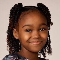 Sara Hill played by Lidya Jewett