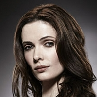 Juliette Silvertonplayed by Bitsie Tulloch