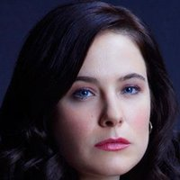 Dr. Alana Bloom played by Caroline Dhavernas
