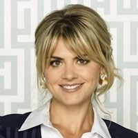 Jane played by Eliza Coupe