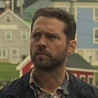 Chris Brody played by Jason Priestley
