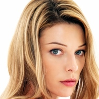 Lori Weston played by Lauren German
