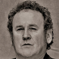 Thomas 'Doc' Durant played by Colm Meaney