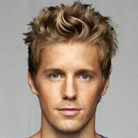 Dan Patchplayed by Matt Barr