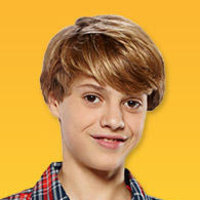 Henry Hartplayed by Jace Norman