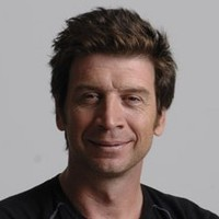 Presenter (4)played by Nick Knowles